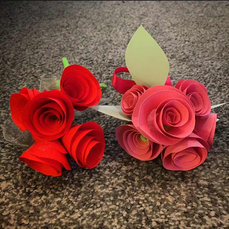 How to make paper roses dear mummy blog paper roses mightylinksfo Choice Image