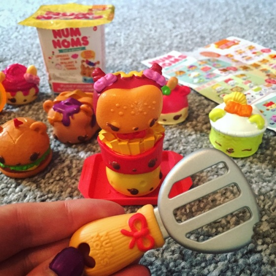 Num Noms Toy Review