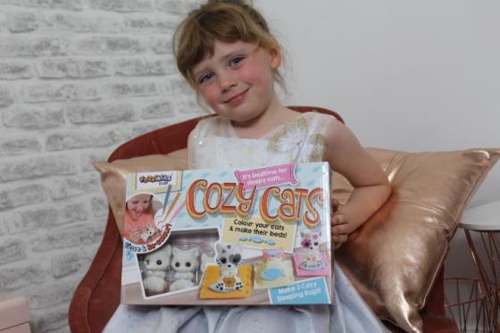 Fuzzikins Cozy Cats Review