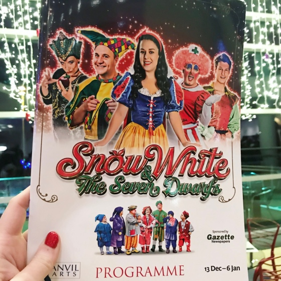 Snow White and Seven Dwarfs at The Anvil 2018 Review
