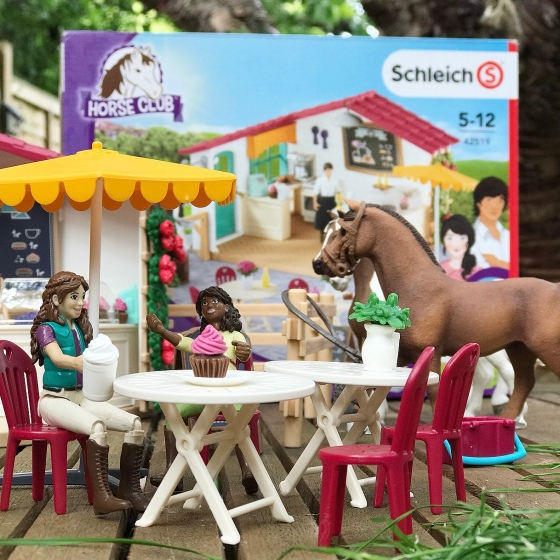 Schleich Horse Club Riders Cafe Playset Review