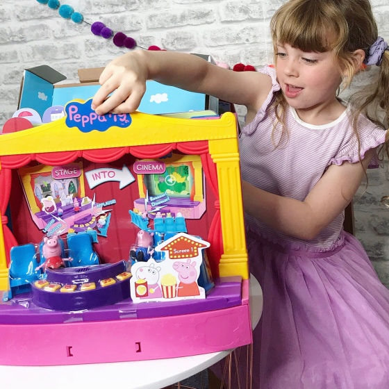 Peppa Pig's Stage Playset Review
